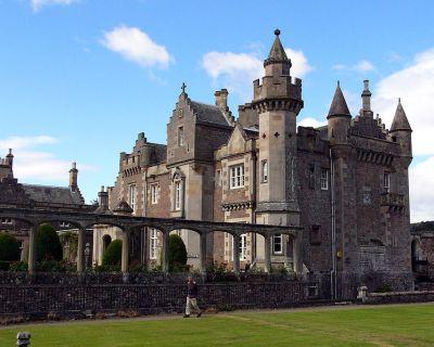 Замок Эбботсфорд