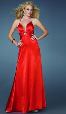 Красное платье на новый год